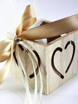 a9f0b5da99a8 Ξύλινο κουτάκι καρδιά 6.5 6.5 6.5 cm zl17e1080