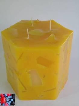 Κερί εξάγωνο με κομμάτια και άρωμα φρούτα του δάσους