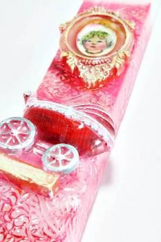Πασχαλινή λαμπάδα 18Χ054 Ροζ κορνίζα 25x4x2cm