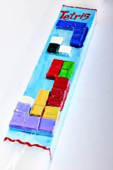 Πασχαλινή λαμπάδα 18Χ043 Τέτρις 25x4x2cm