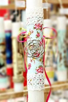 Πασχαλινή λαμπάδα 17087 Λουλούδι ασημί ύφασμα Ύψος 25