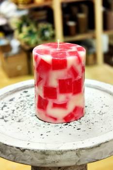 Κερί με κομμάτια και άρωμα κεράσι 8x10cm