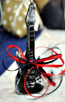 Μπομπονιέρα βάπτισης κέρινη κιθάρα