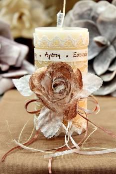 Χειροποίητο διακοσμητικό αρωματικό ιβουάρ κερί με μπρονζέ τριαντάφυλλο και ευχές 8x15cm