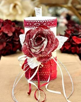Χειροποίητο διακοσμητικό αρωματικό λευκό κερί βυσσινί τριαντάφυλλο και δαντέλα 8x15cm