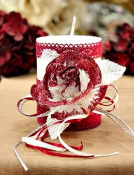 Χειροποίητο διακοσμητικό αρωματικό λευκό κερί βυσσινί τριαντάφυλλο και δαντέλα 8x10cm