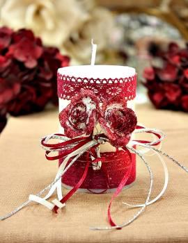 Χειροποίητο διακοσμητικό αρωματικό λευκό κερί βυσσινί μπουκέτο τριαντάφυλλο και δαντέλα 6.5x10cm