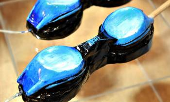 Πασχαλινή λαμπάδα Γυαλιά κολύμβησης 14x4x3cm