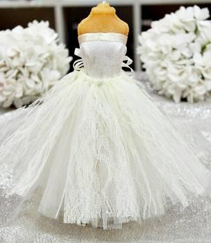 20Β001 Φόρεμα εκρού δαντέλα