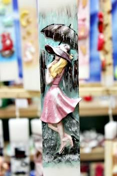 Πασχαλινή λαμπάδα 20ΝΤ071 Πλακέ με κοπέλα Paris Πολύχρωμη Ύψος 25