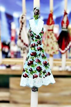 17Φ018 Βεραμάν φλοράλ φόρεμα σε λαμπάδα