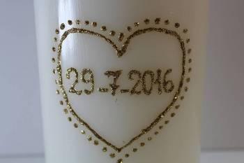 Κερί λευκό με ζωγραφισμένη καρδιά και ημερομηνία 12x20cm