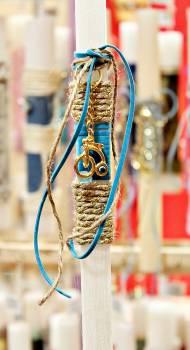 Πασχαλινή λαμπάδα 19019 χρυσό ποδήλατο με μάτι σε μπλε δερματάκι Ύψος 25