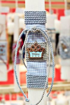 Πασχαλινή λαμπάδα 19029 prince γαλάζιο σε καρό Ύψος 25