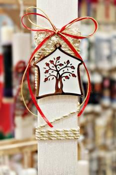 Πασχαλινή λαμπάδα 19059 σπίτι με δέντρο ζωής σε κορδόνι Ύψος 25