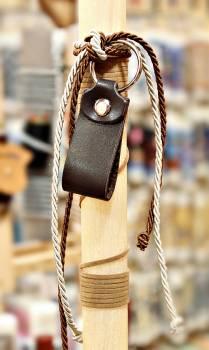 19Δ018 μπρελόκ θηλιά καφέ σκρούρο vegan eco leather