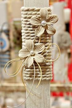 Πασχαλινή λαμπάδα 19Δ037 υφασμάτινο λουλ σε κορδόνι εκρΎψος 25ού