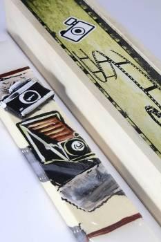 Πασχαλινή λαμπάδα 17Χ021 Φωτογραφική μηχανή σετ με ξύλινο κουτί  28x7cm