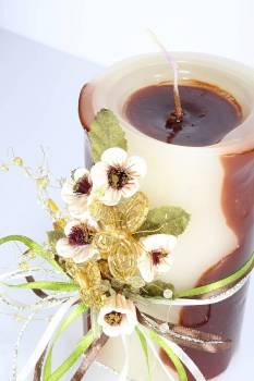 Τυλιχτό αρωματικό κερί με λουλούδια και πεταλούδες 8x15cm