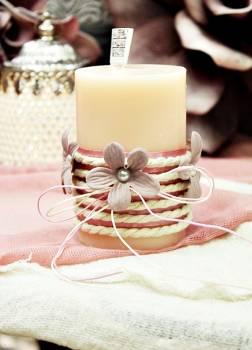 Αρωματικό κερί στολισμένο με κορδόνι και σάπιο μήλο λουλούδια 6.50x10cm
