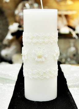 Αρωματικό κερί λευκό στολισμένο με λευκά λουλούδια 8x20cm