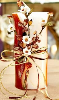 Τυλιχτό αρωματικό κερί με μαργαρίτες, πεταλούδες και κρυσταλλάκια  9x18cm